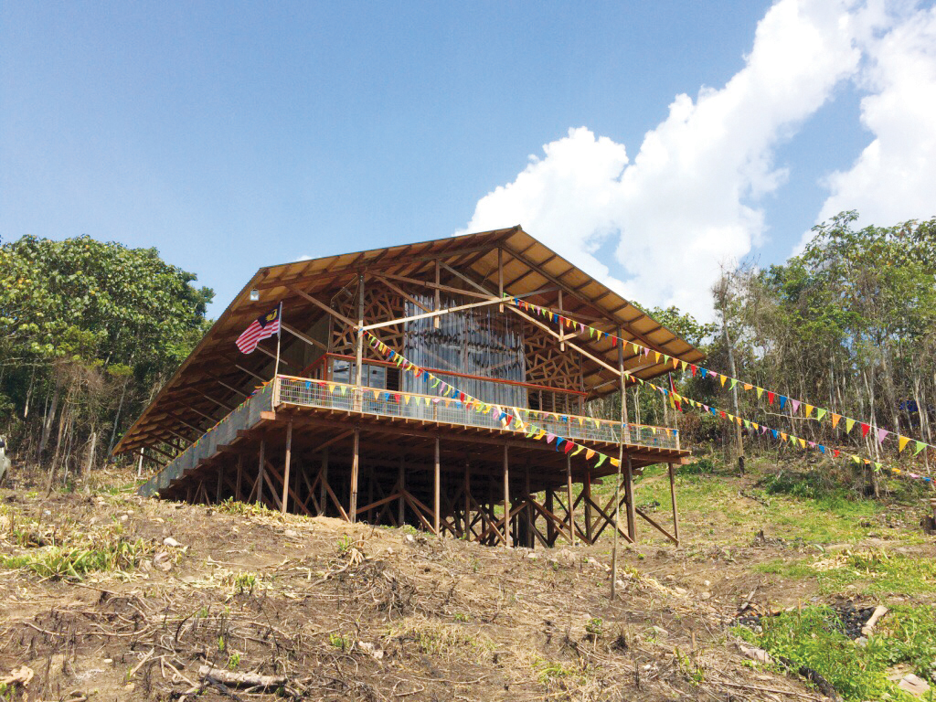 The church building was completed after 15 days